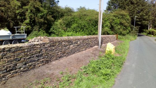 roadside-dry-stone-wall-flockton